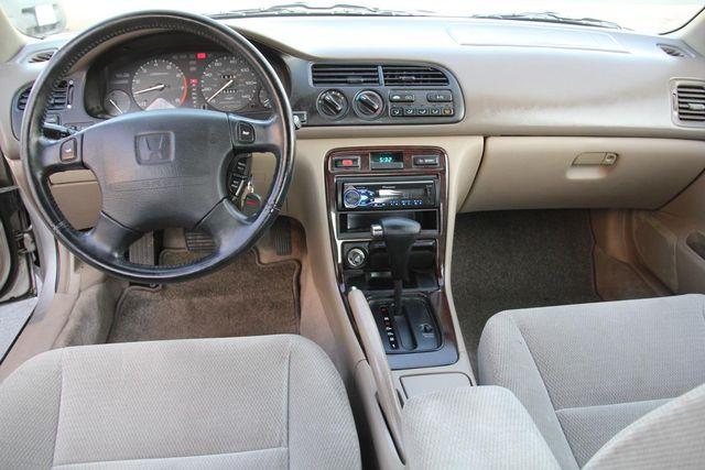 1997 Honda Accord Special Edition Santa Clarita, CA 7