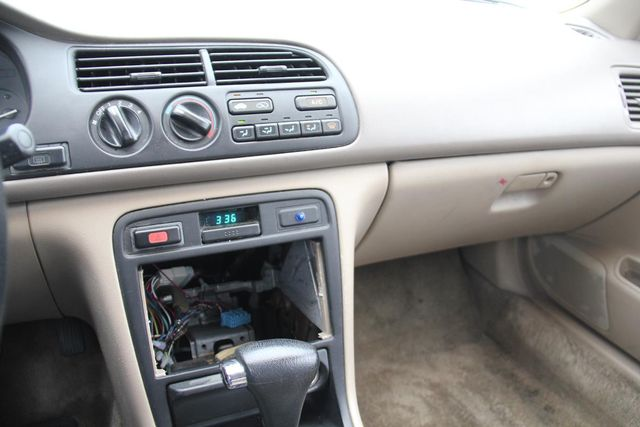 1997 Honda Accord LX Santa Clarita, CA 18