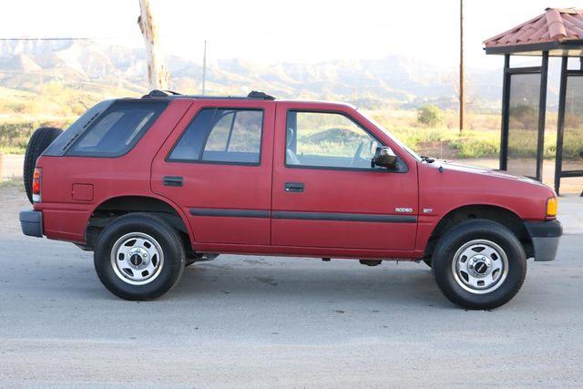 1997 Isuzu Rodeo S Santa Clarita, CA 12