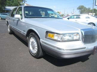 1997 Lincoln Town Car Signature Batesville, Mississippi 9