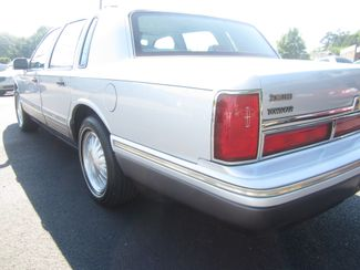 1997 Lincoln Town Car Signature Batesville, Mississippi 12