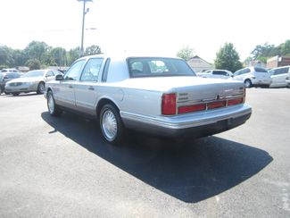 1997 Lincoln Town Car Signature Batesville, Mississippi 6