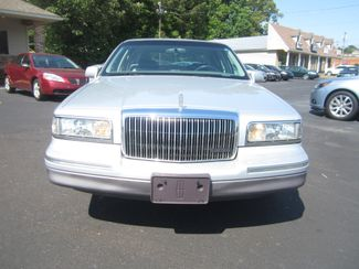 1997 Lincoln Town Car Signature Batesville, Mississippi 10
