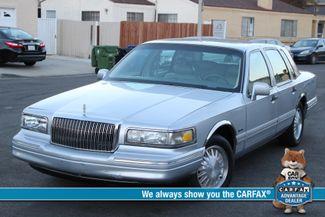 1997 Lincoln TOWN CAR SIGNATURE SEDAN AUTOMATIC SERVICE RECORDS in Woodland Hills CA, 91367