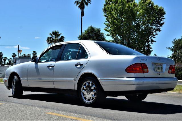 1997 Mercedes-Benz E320 in Reseda, CA, CA 91335