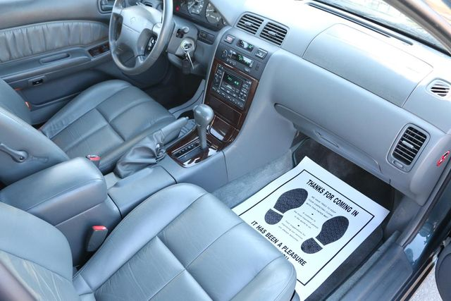 1997 Nissan Maxima GLE Santa Clarita, CA 9