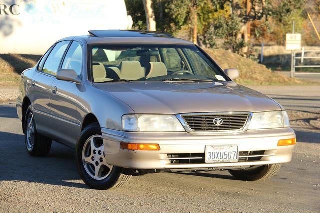 1997 Toyota Avalon XL Santa Clarita, CA 3