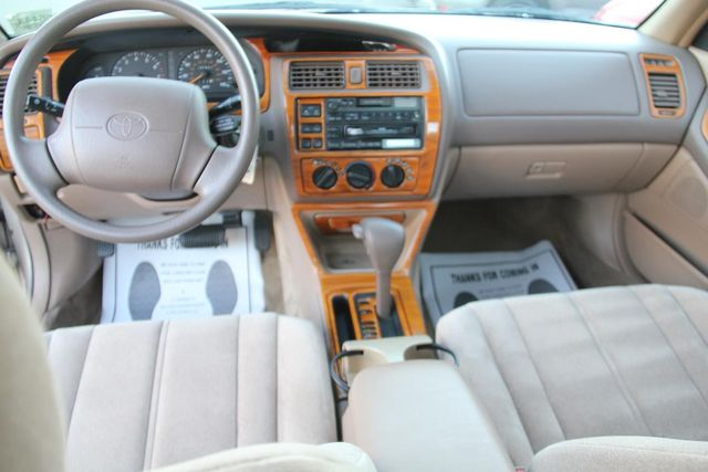 1997 Toyota Avalon XL Santa Clarita, CA 7
