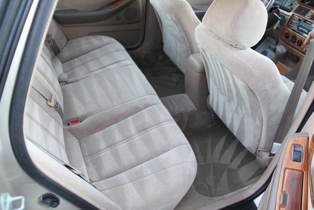 1997 Toyota Avalon XL Santa Clarita, CA 16