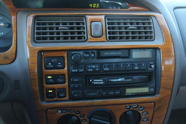 1997 Toyota Avalon XL Santa Clarita, CA 19