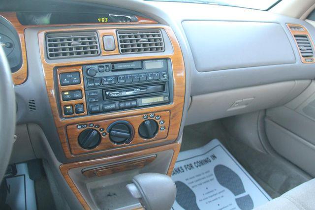 1997 Toyota Avalon XL Santa Clarita, CA 18