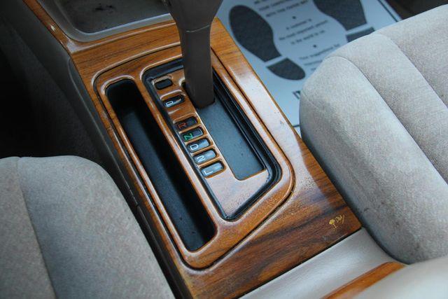 1997 Toyota Avalon XL Santa Clarita, CA 21