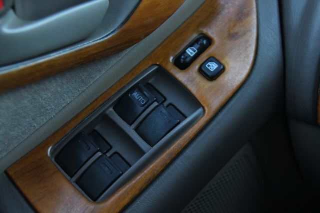 1997 Toyota Avalon XL Santa Clarita, CA 23