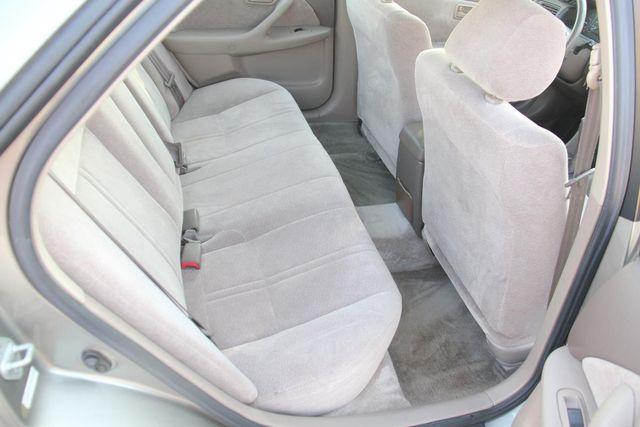 1997 Toyota Camry LE Santa Clarita, CA 16