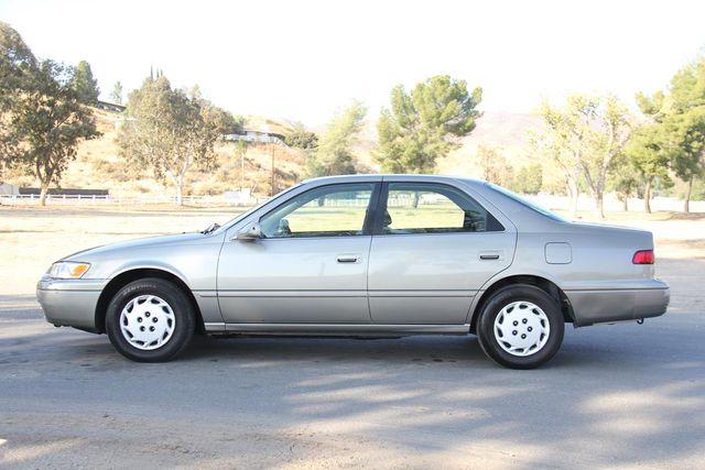1997 Toyota Camry LE Santa Clarita, CA 11