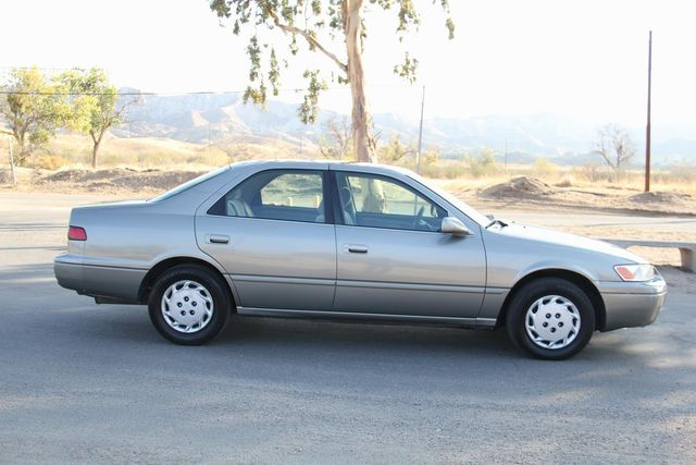 1997 Toyota Camry LE Santa Clarita, CA 12