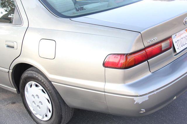 1997 Toyota Camry LE Santa Clarita, CA 21