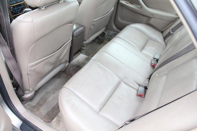 1997 Toyota Camry XLE Santa Clarita, CA 15