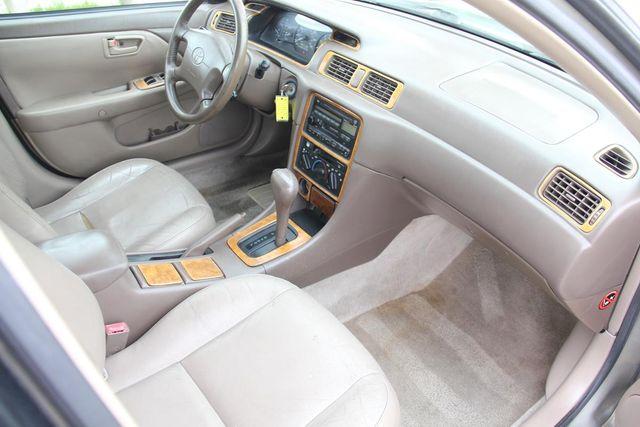 1997 Toyota Camry XLE Santa Clarita, CA 9