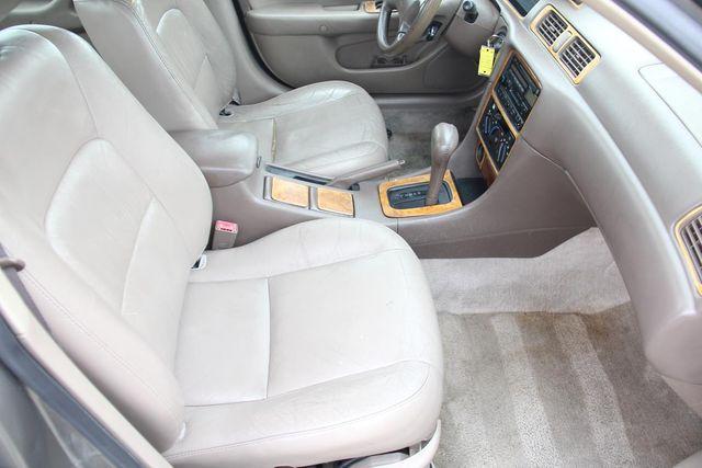 1997 Toyota Camry XLE Santa Clarita, CA 14