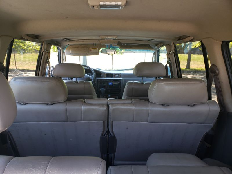 1997 Toyota Land Cruiser 4 Wheel Drive  Runs Needs Paint  Interior Keep as is or Restore   city Washington  Complete Automotive  in Seattle, Washington