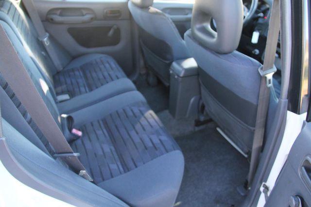 1997 Toyota RAV4 5 SPEED Santa Clarita, CA 16