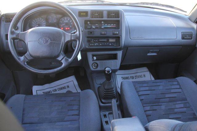 1997 Toyota RAV4 5 SPEED Santa Clarita, CA 7