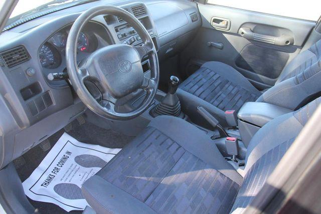 1997 Toyota RAV4 5 SPEED Santa Clarita, CA 8