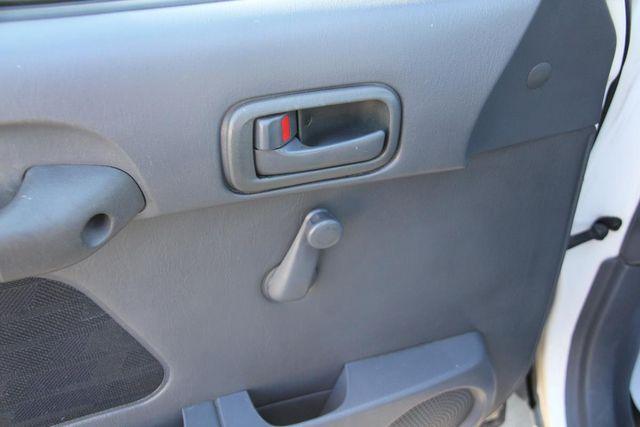 1997 Toyota RAV4 5 SPEED Santa Clarita, CA 21
