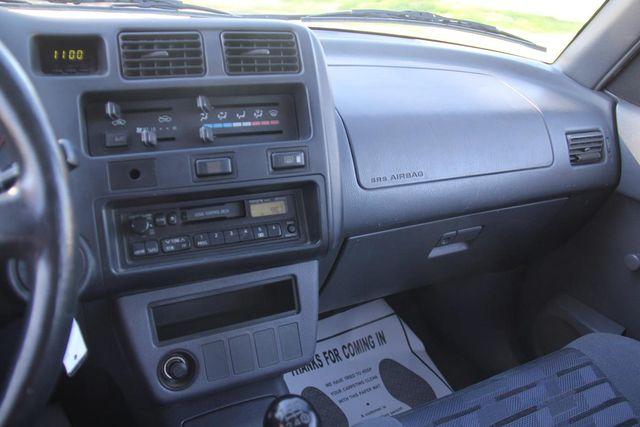 1997 Toyota RAV4 5 SPEED Santa Clarita, CA 19