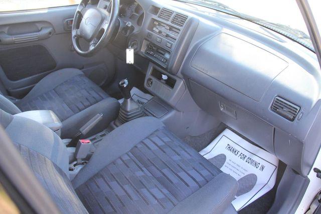 1997 Toyota RAV4 5 SPEED Santa Clarita, CA 9