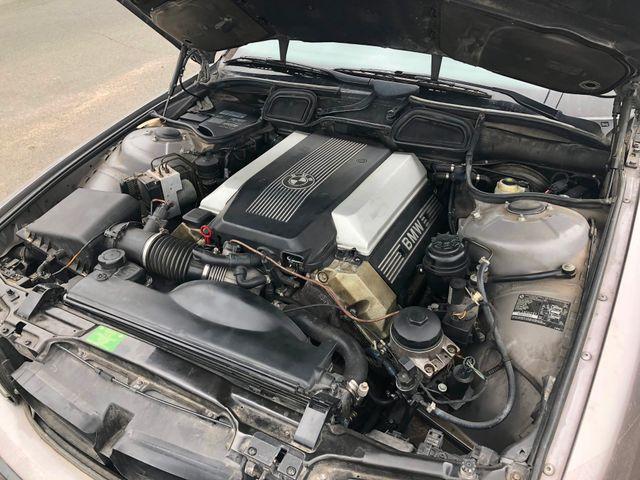 1998 BMW 740iL Maple Grove, Minnesota 23