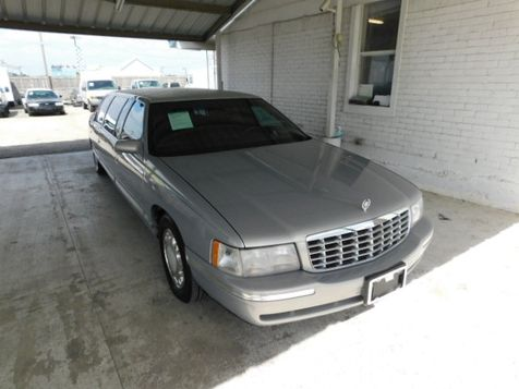 1998 Cadillac Deville Professional  in New Braunfels