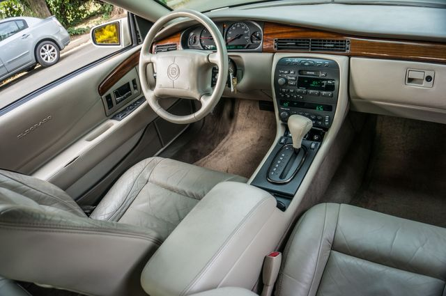 1998 Cadillac Eldorado in Reseda, CA, CA 91335