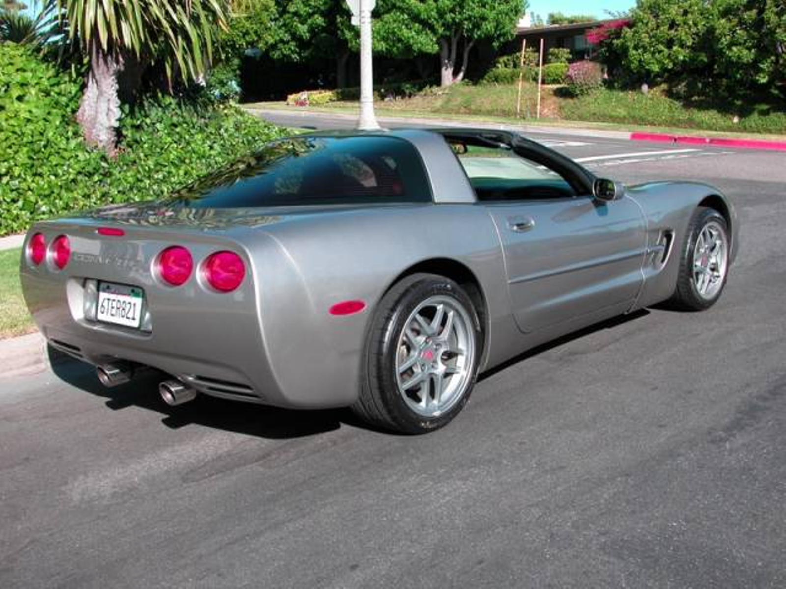 1998 Chevrolet Corvette Coupe Six Speed Removable Top Super Clean