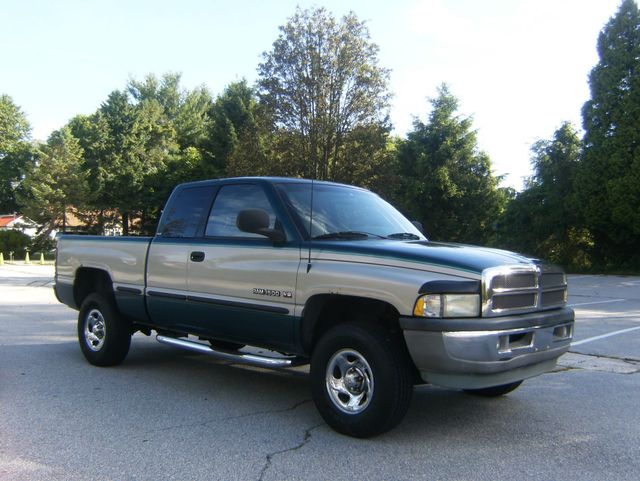 1998 Dodge Ram 1500 4x4 Larami SLT in West Chester, PA 19382