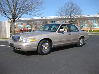 1998 *Sale Pending* Ford Crown Victoria Conshohocken, Pennsylvania 1
