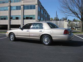 1998 *Sale Pending* Ford Crown Victoria Conshohocken, Pennsylvania 3