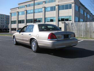 1998 *Sale Pending* Ford Crown Victoria Conshohocken, Pennsylvania 4