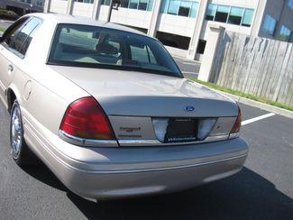 1998 *Sale Pending* Ford Crown Victoria Conshohocken, Pennsylvania 7