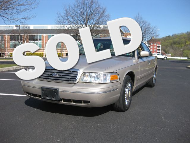 1998 *Sale Pending* Ford Crown Victoria Conshohocken, Pennsylvania