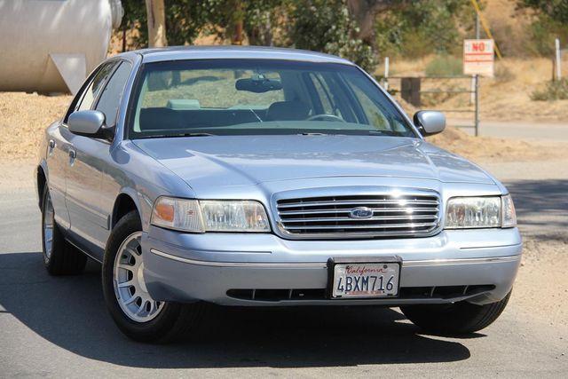 1998 Ford Crown Victoria LX Santa Clarita, CA 3