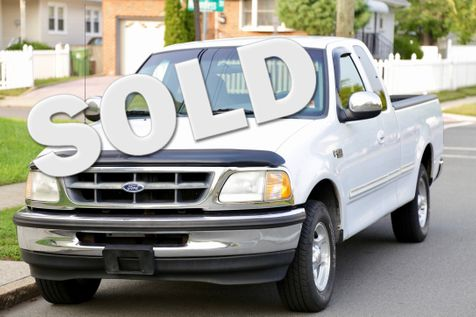 1998 Ford F-150 XLT in