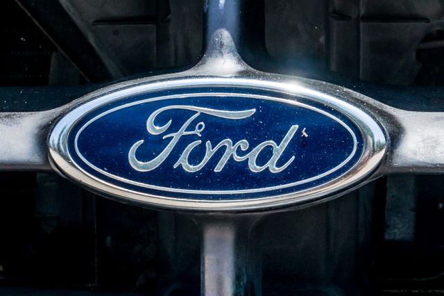 1998 Ford F-250 Standard Reseda, CA 35