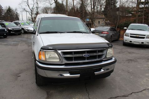1998 Ford F150  in Shavertown