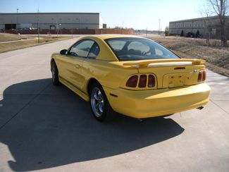 1998 Ford Mustang Base Chesterfield, Missouri 4