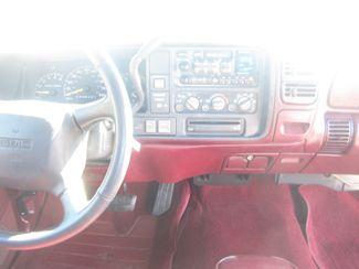 1998 GMC Sierra 1500 Batesville, Mississippi 23