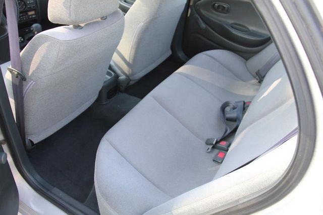 1998 Hyundai Elantra Santa Clarita, CA 16