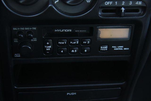 1998 Hyundai Elantra Santa Clarita, CA 21
