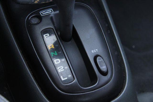 1998 Hyundai Elantra Santa Clarita, CA 22